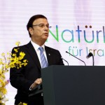 Efi Stenzler, Weltpräsident JNF-KKL beim Israel Kongress, Stuttgart 2015