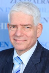 Pressebild Portrait Dr. Josef Schuster-Kneitz